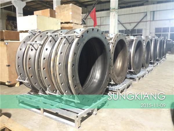 出口印尼OKI造纸厂项目橡胶挠性接头生产现场!