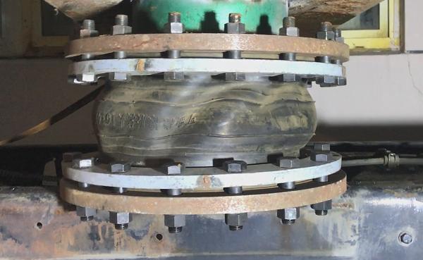 【常见问题】有关橡胶补偿器产品扭曲的书面报告